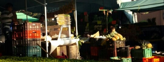 Tianguis del Parque Pilares is one of Lauraさんのお気に入りスポット.
