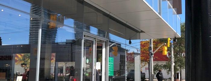 Starbucks is one of Lieux qui ont plu à Hamilton.