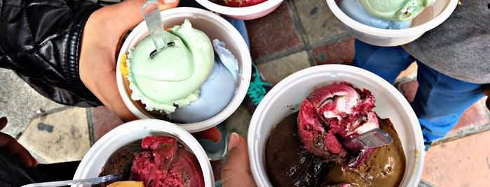Mansour Ice Cream | بستنی سنتی منصور is one of สถานที่ที่ Emir ถูกใจ.