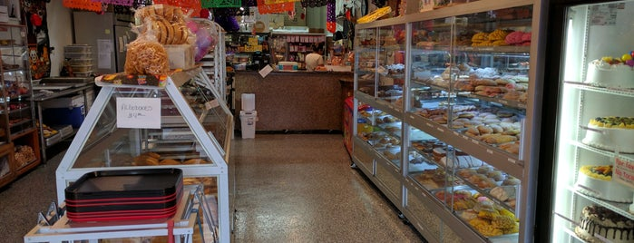 Diana's Bakery is one of STL.