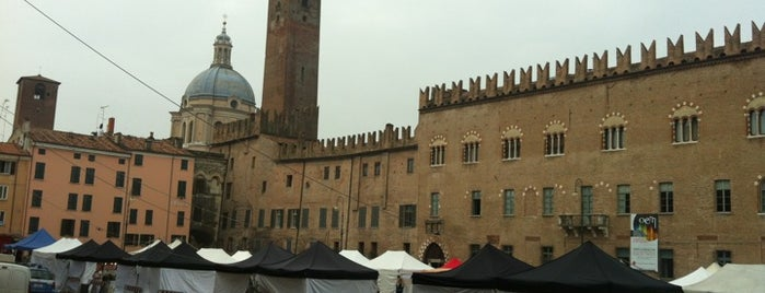 Piazza Sordello is one of #4sqCities #Mantova - 25 Tips for travellers!.
