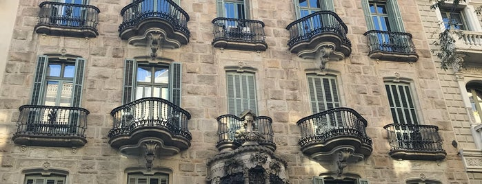 Casa Calvet is one of Barcelona.