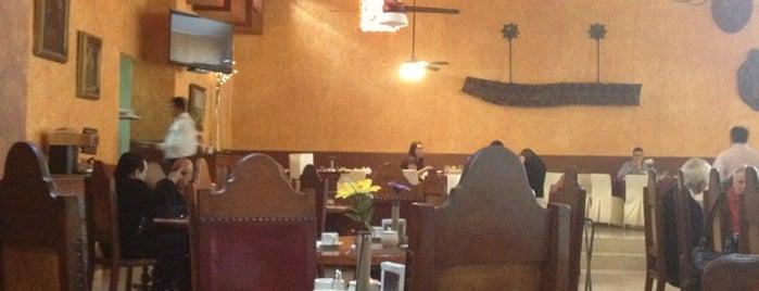 Restaurante Hotel De Minas is one of สถานที่ที่ Elisheba ถูกใจ.