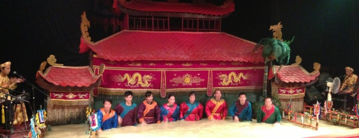 Vietnamese Water Puppet Show is one of Hoh Chi Min.