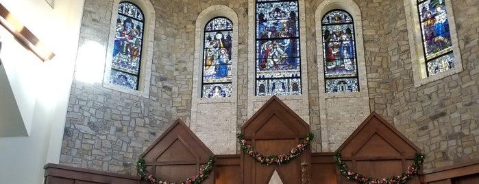St. Pius X Catholic Church is one of Lisa'nın Beğendiği Mekanlar.