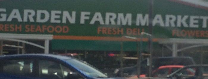 Garden Farm Market is one of Lugares favoritos de Edwin.