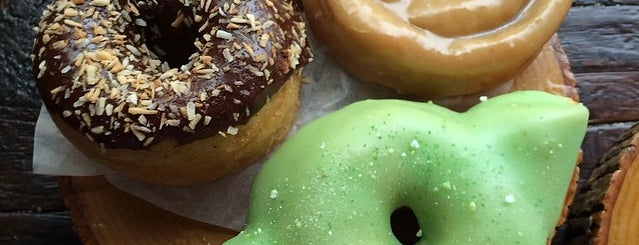 Dun-Well Doughnuts is one of NYC: Fast Eats & Drinks, Food Shops, Cafés.