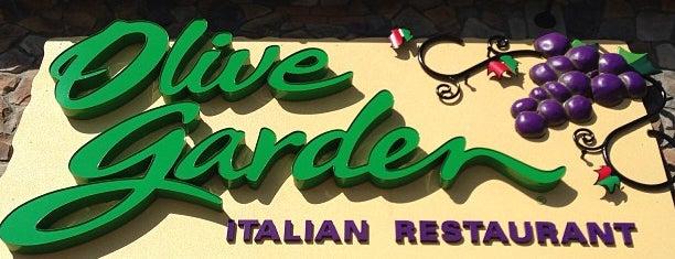 Olive Garden is one of Tempat yang Disukai Preston.