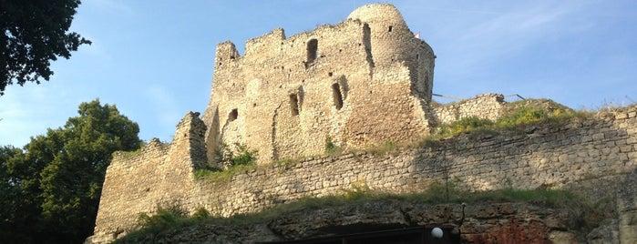 Zřícenina hradu Michalovice is one of Tourist tips by Škoda.