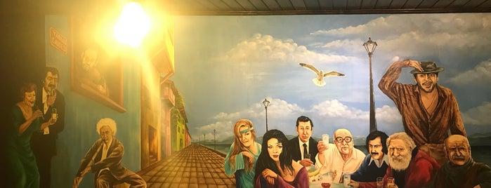 Yamas Greek Taverna is one of สถานที่ที่ Emre ถูกใจ.