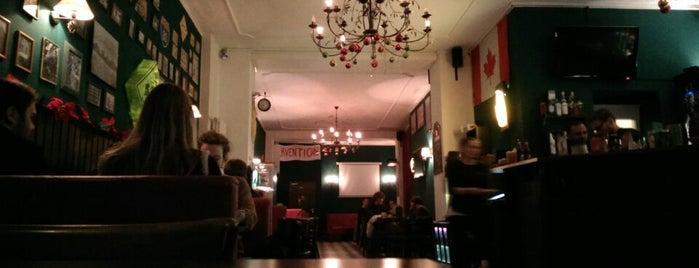 MacLaren's Pub is one of B.: сохраненные места.