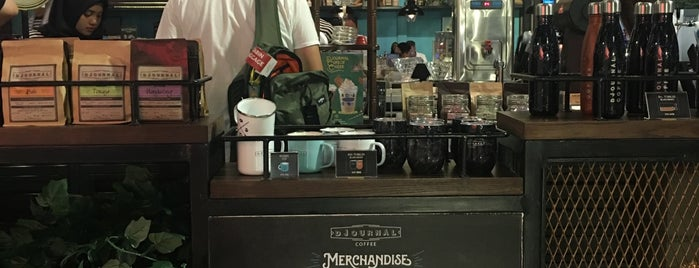 Djournal Coffee is one of Chuckさんのお気に入りスポット.