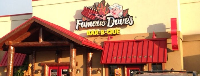 Famous Dave's Bar-B-Que is one of Bbq.