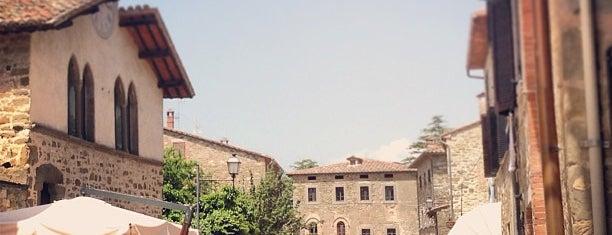 Isola Maggiore is one of Locais curtidos por Luca.