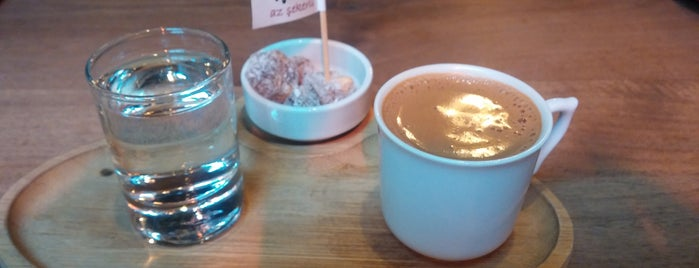Cafe Garaj is one of Posti che sono piaciuti a S.