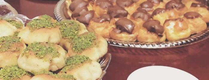 حلويات الرواد is one of สถานที่ที่ Rema ถูกใจ.