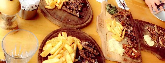 Oba Restaurant & Sultan Cafe is one of Tempat yang Disukai Rema.