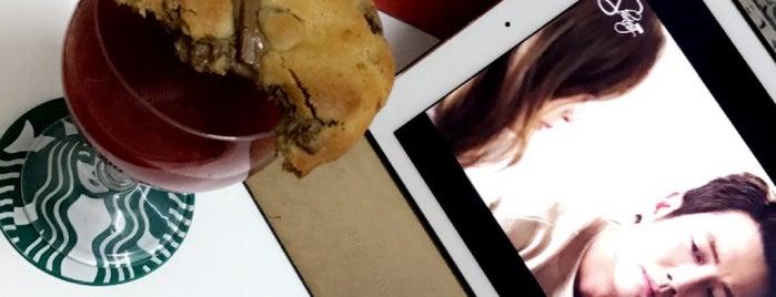 Ben's Cookies is one of Tempat yang Disukai Rema.