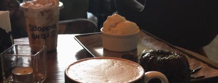 Doppio Coffee is one of Tempat yang Disukai Rema.