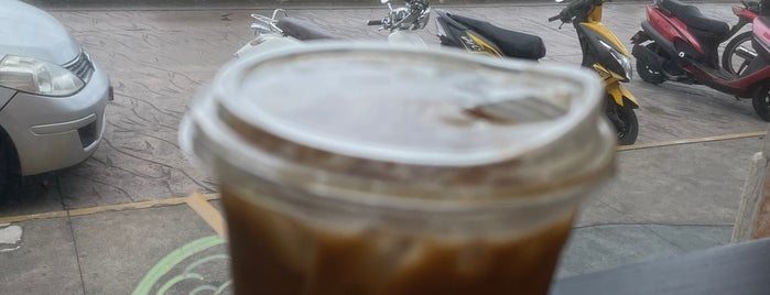 Starbucks is one of Diznee.