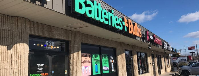 Batteries Plus Bulbs is one of Beverly'in Beğendiği Mekanlar.