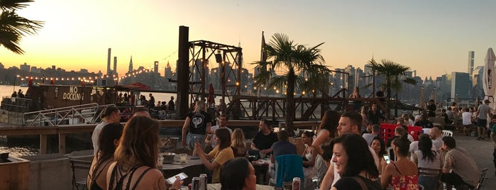 Brooklyn Barge is one of NYC Best Outside/Rooftop Bars.