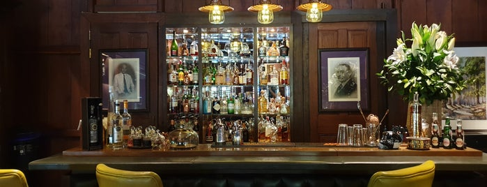 Jack Bain's Bar is one of Tempat yang Disukai Matt.