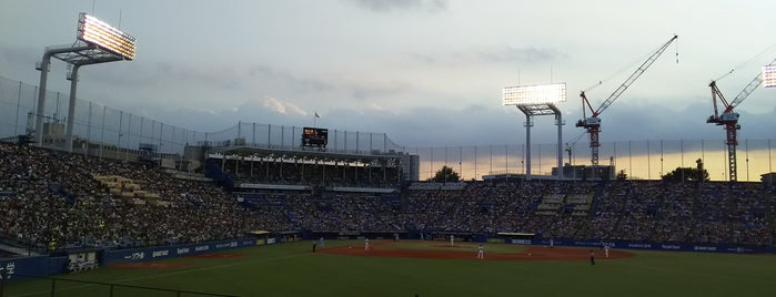 Meiji Jingu Stadium is one of 今まで行った野球場.