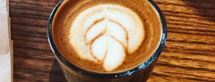 Mazarine Coffee is one of Tempat yang Disukai Juliana.