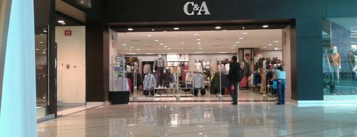 C&A is one of Locais curtidos por Vicky Nito.