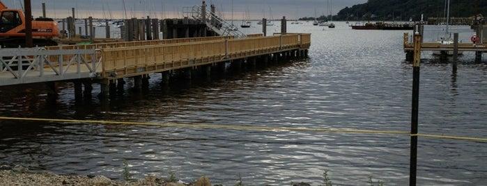 SeaStreak - Atlantic Highlands Ferry Landing is one of Posti che sono piaciuti a Magdalena.