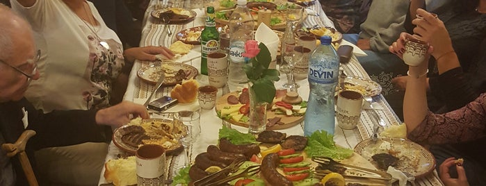 Restaurant Da Posednem (Да Поседнем) is one of สถานที่ที่ Лин ถูกใจ.