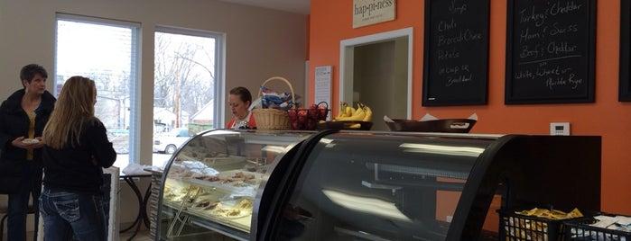 Poppy's Bakery is one of Sam : понравившиеся места.