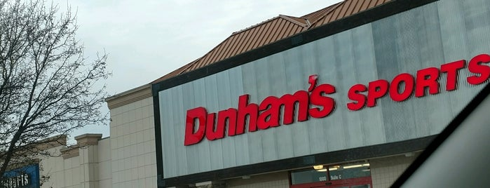 Dunhams Sports is one of Locais curtidos por Vinicius.