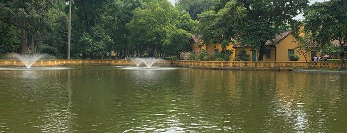 Ao Cá Bác Hồ (Uncle Ho's Fish Pond) is one of Posti che sono piaciuti a Eliana.