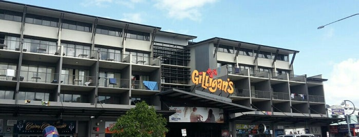 Gilligan's Backpackers Hotel & Resort is one of Orte, die Felipe gefallen.