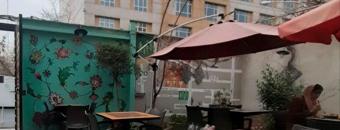 Ansoo Café | کافه آنسو is one of สถานที่ที่ Soheil ถูกใจ.