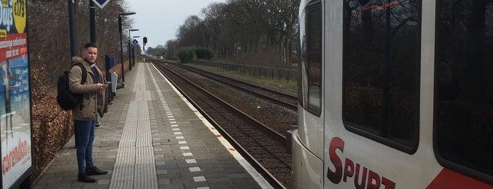 Station Hurdegaryp is one of Friesland & Overijssel.