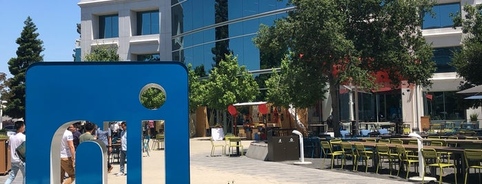 LinkedIn HQ is one of Parul 님이 좋아한 장소.
