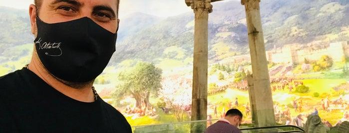 Panorama 1326 Bursa Fetih Müzesi is one of Korhan'ın Beğendiği Mekanlar.