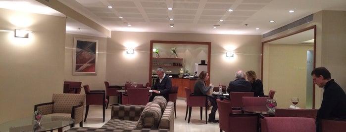 Inbal Hotel, Executive Lounge is one of William'ın Beğendiği Mekanlar.