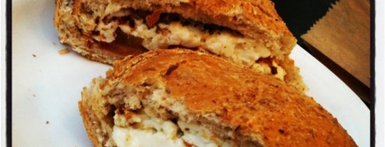 Quinta dos Pães is one of Bakeries, Coffee Shops & Breakfast Places.