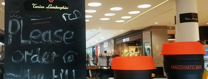 Macchiato Bar - Tonino Lamborghini Caffé is one of Lugares favoritos de Gabriel.