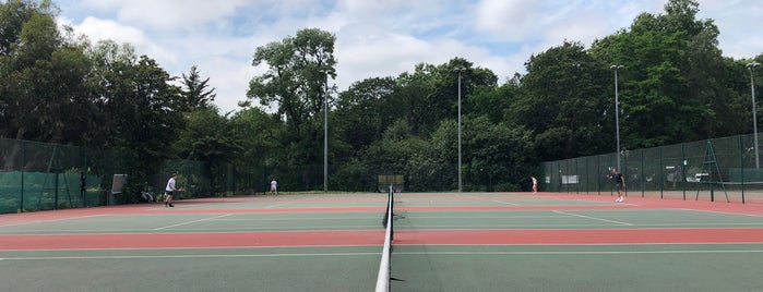 Battersea Park Tennis Courts is one of Londra.