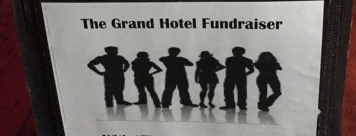 The Grand Hotel is one of Posti che sono piaciuti a Carl.