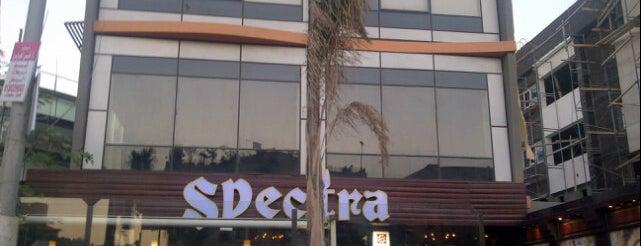 Spectra is one of Orte, die Ahmed gefallen.