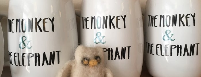 The Monkey & The Elephant Café is one of Anthony'un Kaydettiği Mekanlar.