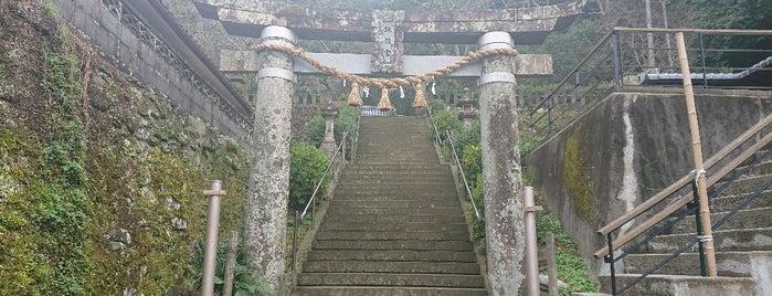 崎津諏訪神社 is one of Lugares favoritos de モリチャン.