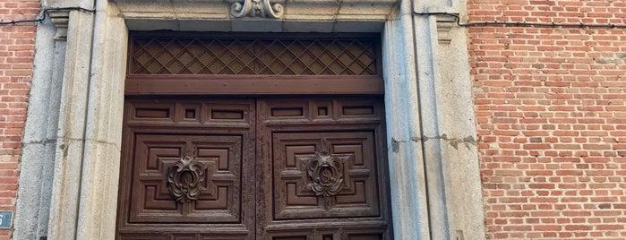 Iglesia de San Nicolás de los Servitas is one of Madrid.