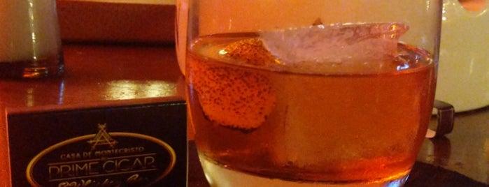 Casa De Montecristo by Prime Cigar & Whiskey Bar is one of 💫Coco'nun Beğendiği Mekanlar.